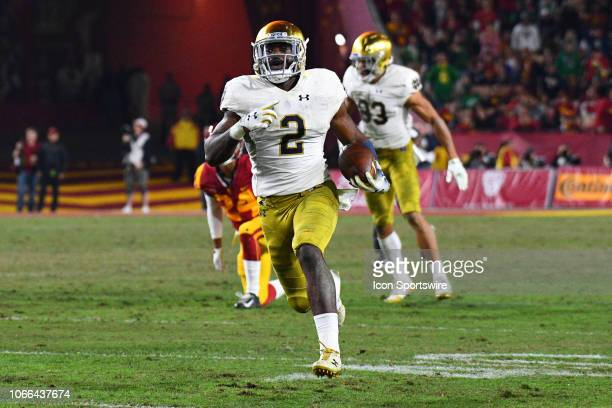 Notre Dame Dexter Williams breaks free for a touchdown during a college football game between the Notre Dame Fighting Irish and the USC Trojans on...