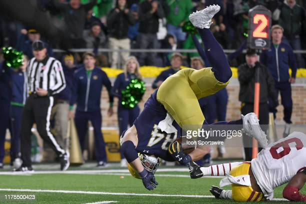 Notre Dame Fighting Irish tight end Cole Kmet beats USC Trojans cornerback Isaac TaylorStuart to score a touchdown in game action during a game...