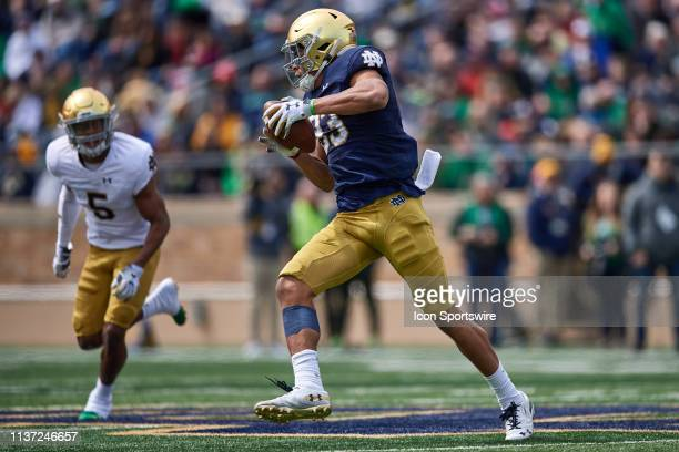 Notre Dame Fighting Irish wide receiver Chase Claypool runs with the football in action during the Notre Dame Football Blue and Gold Spring game on...