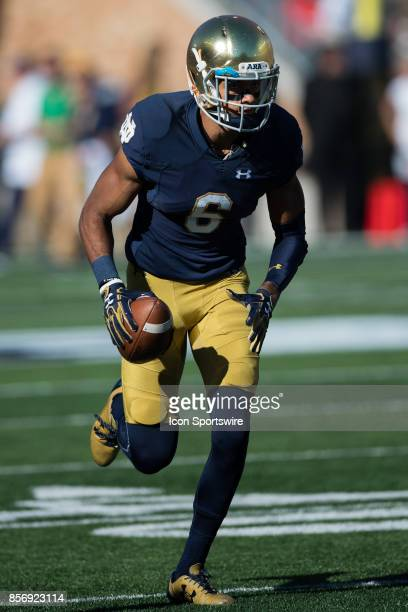 Notre Dame Fighting Irish wide receiver Equanimeous St Brown warms up before the college football game between the Notre Dame Fighting Irish and...