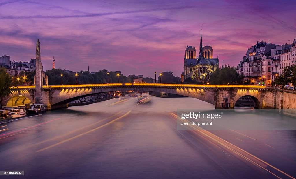 Notre-Dame de Paris at Blue Hour : Stock Photo