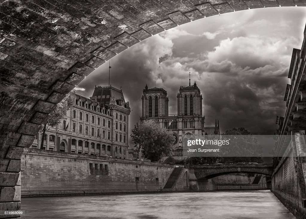 Notre-Dame de Paris B&W : Stock Photo