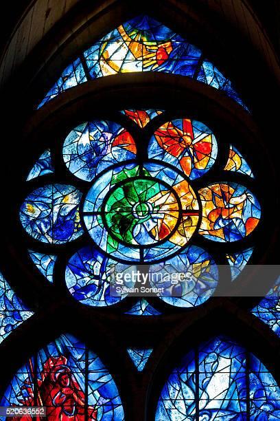 notre-dame de reims cathedral, france - marc chagall stockfoto's en -beelden