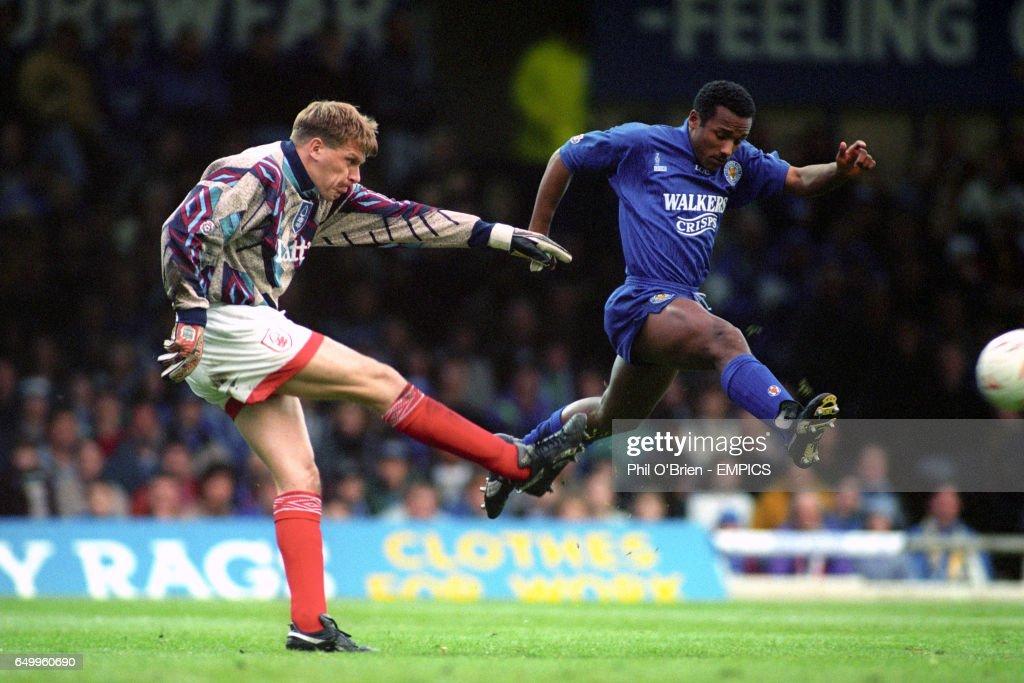 Soccer - Endsleigh League Division One - Leicester City v Nottingham Forest - Filbert Street : News Photo
