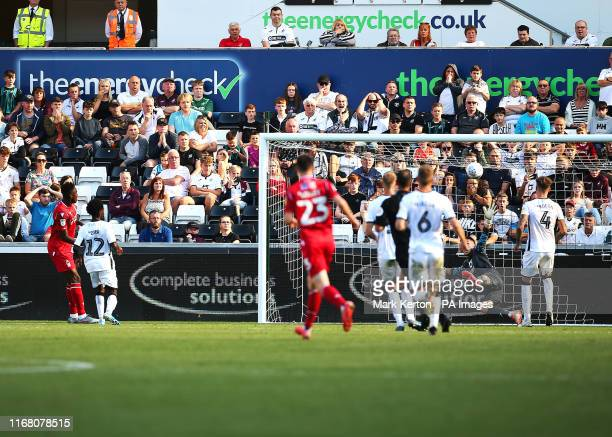 Nottingham Forest's Alfa Semedo scores his sides first goal of the match during the Sky Bet Championship match at the Liberty Stadium Swansea