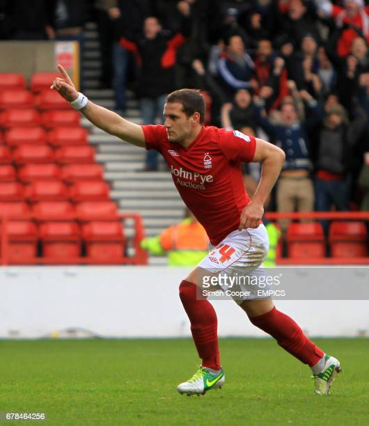 Nottingham Forest's Billy Sharp celebrates scoring his sides first goal of the game from the penalty spot