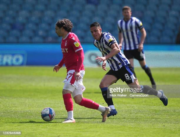 Nottingham Forest's Filip Krovinovic in action with Sheffield Wednesday's Joey Pelupessy during the Sky Bet Championship match between Sheffield...