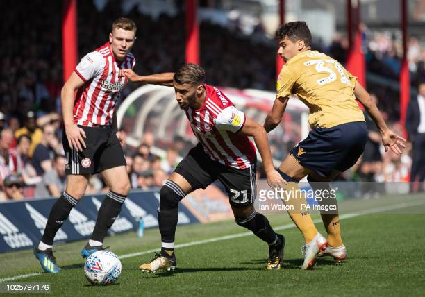 Nottingham Forest's Gil Dias tries to tackle Brentford's Said Benrahma Brentford v Nottingham Forest Sky Bet Championship Griffin Park