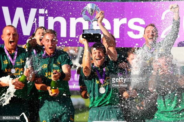 Nottinghamshire Captain Chris Read lifts the winners trophy as Nottinghamshire win the Royal London OneDay Cup Final betwen Nottinghamshire and...
