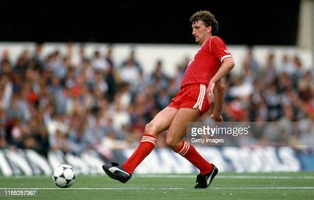 Notts Forest defender Paul Hart in action on the Loftus Road artificial turf against QPR on September 8, 1984 in London, United Kingdom.