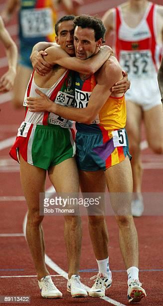 Noureddine Morceli of Algeria gold medal winner and Fermin Cacho of Spain silver medal winner in the men's 1500m at the 4th World Athletics...