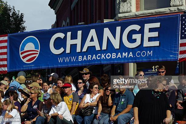 Pueblo, CO Obama Campaign Rally with Change banner