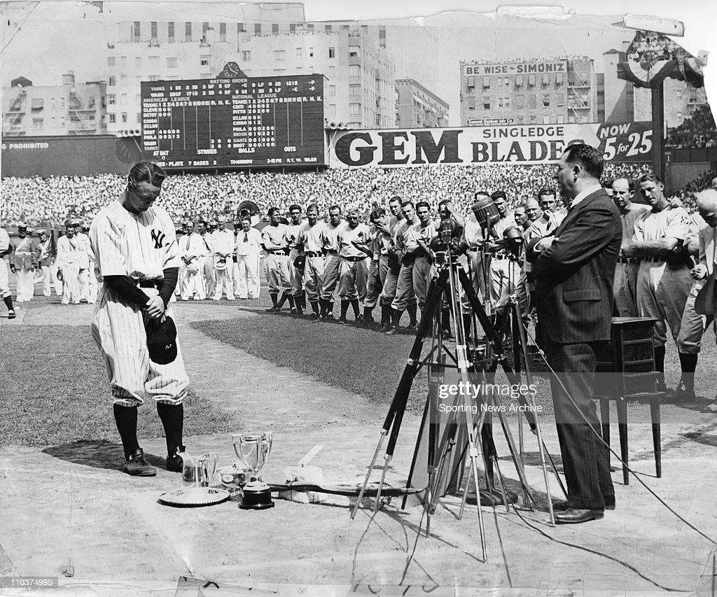 Sporting News Archive : News Photo