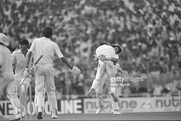 A jubilant Australia win the 1987 Cricket World Cup by beating England in the Final in Calcutta Mandatory Credit Adrian Murrell/Allsport UK