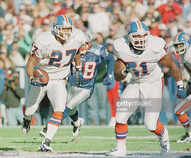 Defensive back Steve Atwater of the Denver Broncos returns an interception during the Broncos 348 win over the New England Patriots at Foxboro...