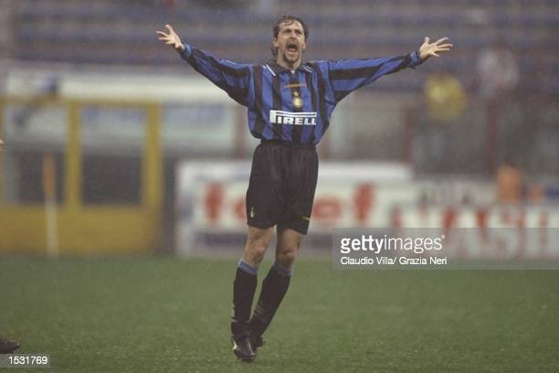 Maurizio Ganz of Inter shouts for the ball during the Serie A match between Inter Milan and Fiorentina at the San Siro Stadium in Milan Italy...