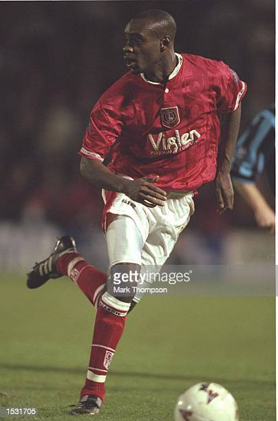 Richard Rufus of Charlton in action during the nationwide division one match between Charlton and Birmingham at the Valley in London Mandatory Credit...