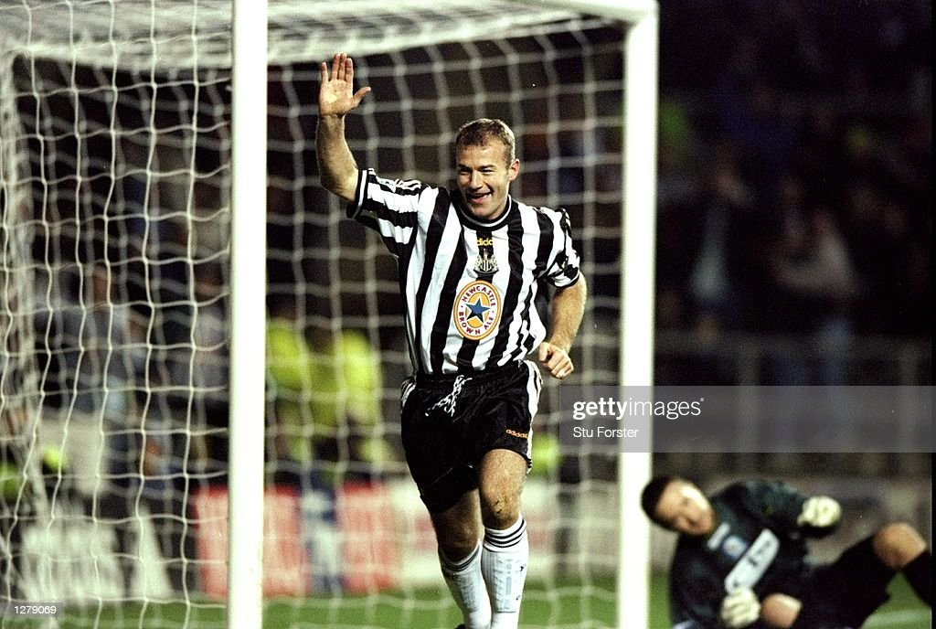 Alan Shearer of Newcastle : News Photo