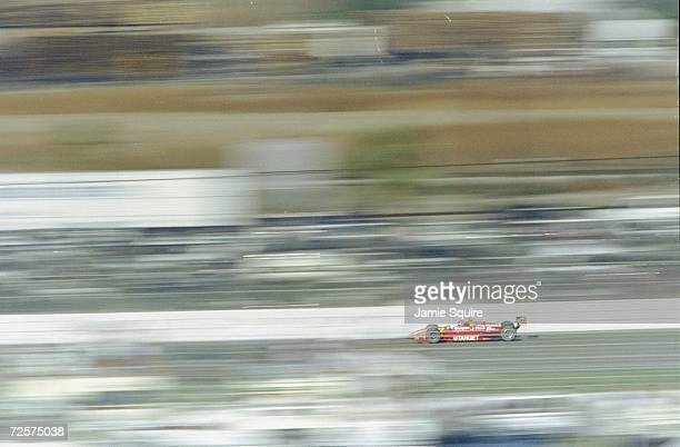 Jimmy Vasser of Team Target/Chip Gnassi driving the Reynard Honda 98I car during the CART Marlboro 500 at the California Speedway in Fontana...