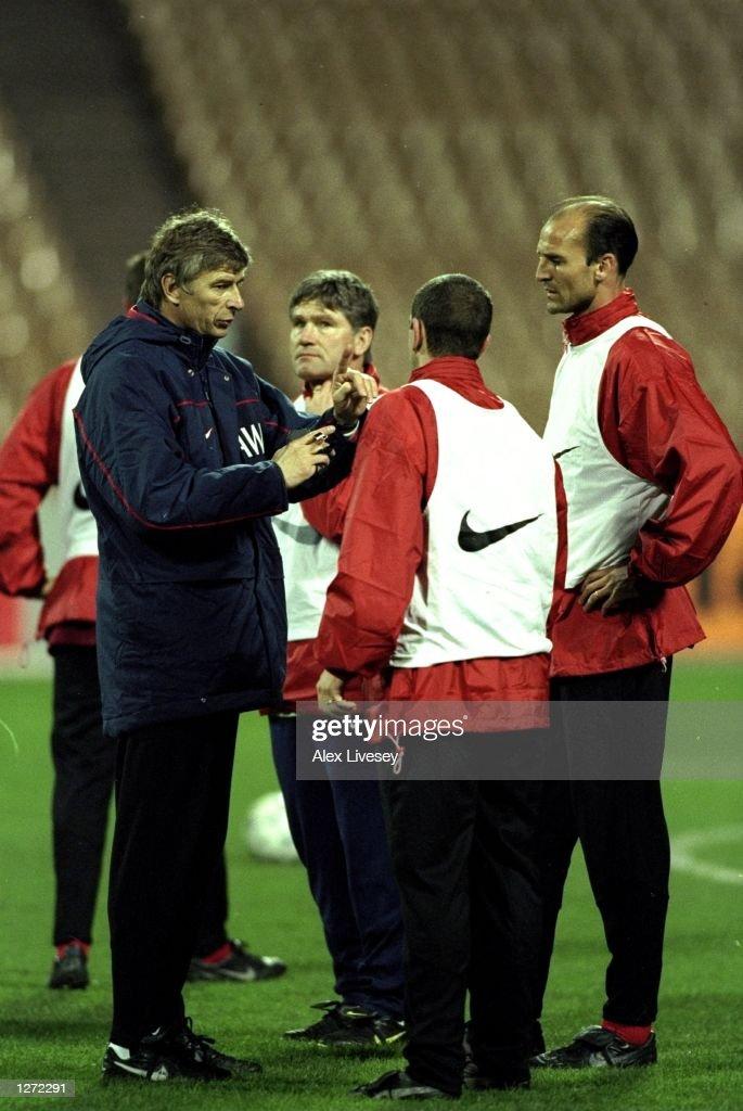 The Arsenal coach Arsene Wenger with Players Steve Bould ... Arsene Wenger Player