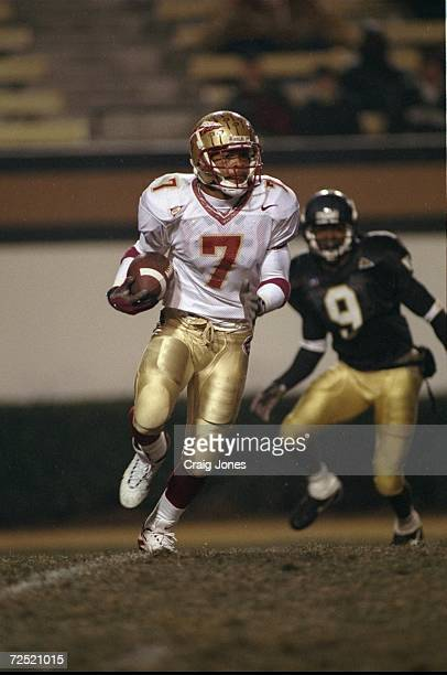 Wide receiver Laveranues Coles of the Florida State Seminoles in action during the game against the Wake Forest Demon Deacons at the Groves Stadium...