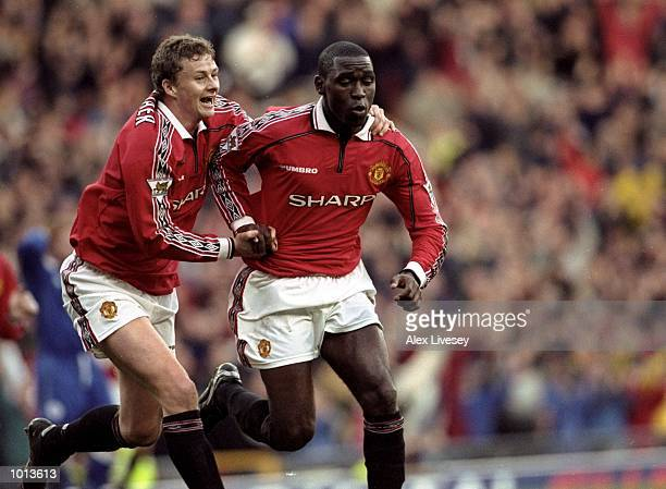 Andy Cole of Manchester United celebrates a goal against Leicester City with team mate Ole Gunnar Solskjaer during the FA Carling Premiership match...