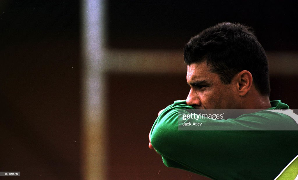 Pakistan fast bowler Waqar Younis contemplates returing to the test team during today's practice at Bellrive Oval in preparation for the Second Test match between Australia and Pakistan at Bellrive Oval, Hobart, Tasmania. Mandatory Credit:Jack Atley/ALLSPORT