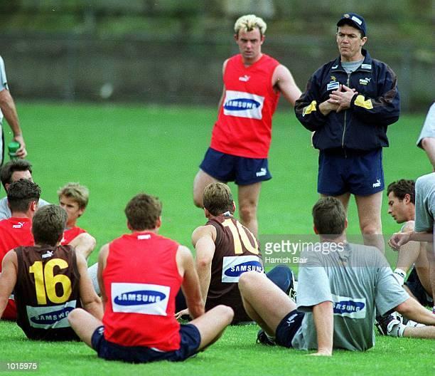 Peter Schwab new Hawthorn coach during Hawthorn training at Glenferrie Oval Melbourne Australia Mandatory Credit Hamish Blair/ALLSPORT