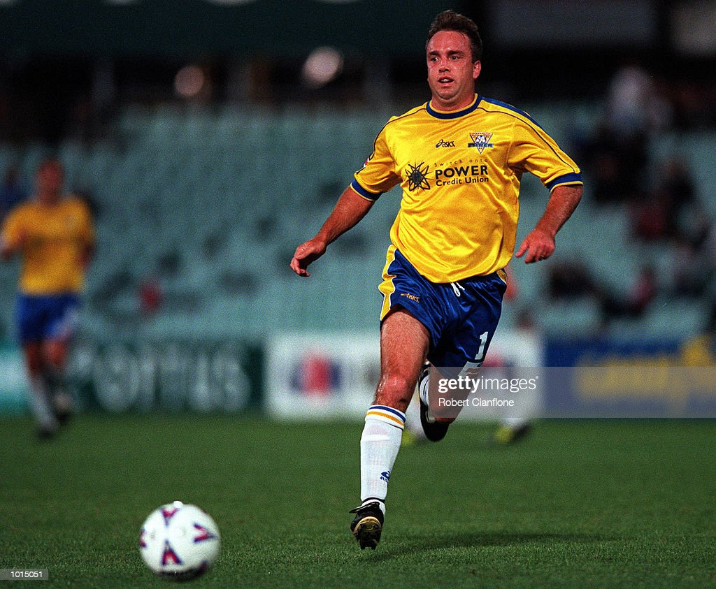 Steve Berry of Parramatta Power in action during the round 7 match between Parramatta Power v Perth Glory at Parramatta Stadium,Sydney Australia. Mandatory Credit: Robert Cianflone/ALLSPORT