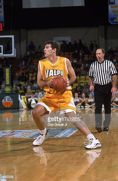 Marko Punda of the Valparaiso Crusaders moves with the ball during the Great Alaska Shootout against the Anchorage Alaska Seawolves at the Sulivan...