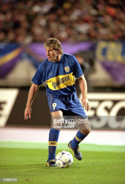 Martin Palermo of Boca Juniors in action during the Toyota Intercontinental Cup against Real Madrid in the National StadiuTokyoJapan Boca Juniors won...