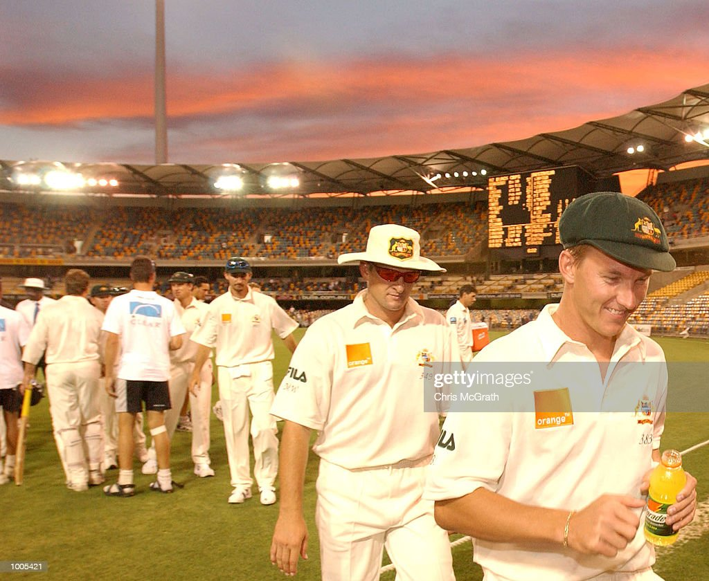 Brett Lee of Australia leads the Australian team off the gorund after a draw with the New Zealand Black Caps during day five of the first cricket test between Australia and New Zealand held at the Gabba, Brisbane, Australia, DIGITAL IMAGEMandatory Credit: Chris McGrath/ALLSPORT