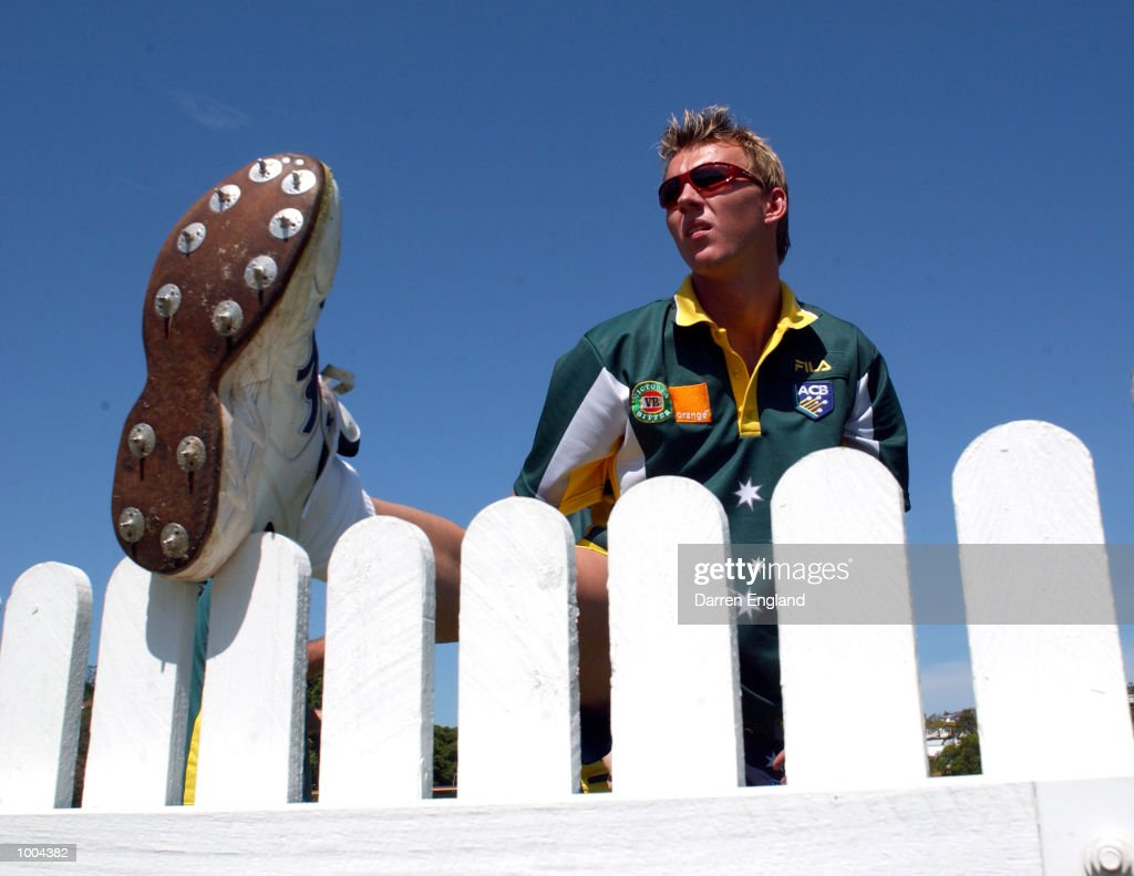 Brett Lee of Australia warms up before training for the Australian Cricket team in preperation for the first test against New Zealand. The Training session was held at the Allan Border Field in Brisbane, Australia. DIGITAL IMAGE. Mandatory Credit: Darren England/ALLSPORT
