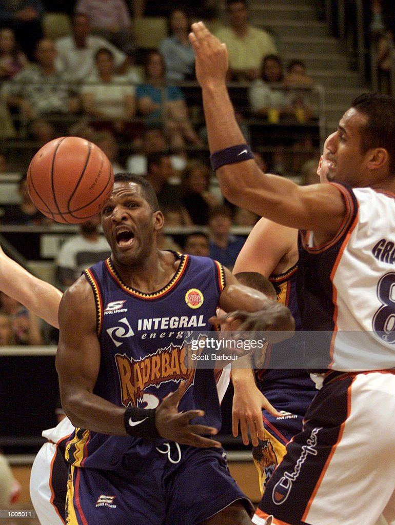 Bruce Bolden (left) #32 of the Razorbacks in action during the NBL match between the West Sydney Razorbacks and the Cairns Taipans held at the State Sports Centre in Sydney, Australia. DIGITAL IMAGE. Mandatory Credit: Scott Barbour/ALLSPORT