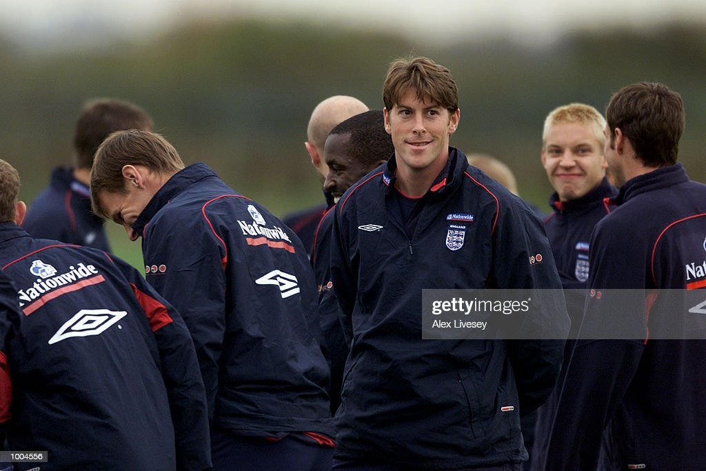 Darren Anderton of England during today's England training session at the Carrington training ground in Carrington, Manchester. DIGITAL IMAGE. Mandatory Credit: Alex Livesey/ALLSPORT