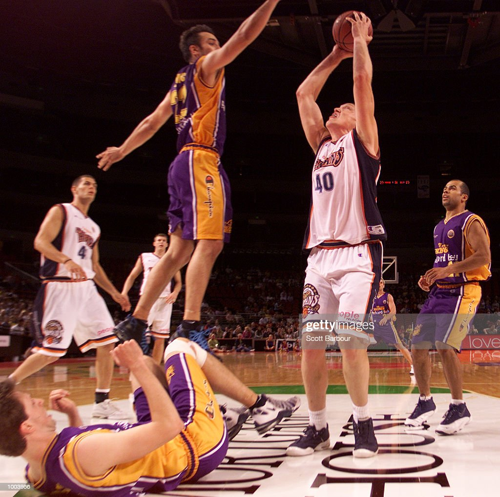 Dewey Michaels #40 of the Taipans shoots during the Sydney Kings v Cairns Taipans match held at the Sydney Superdome in Sydney, Australia. DIGITAL IMAGE. Mandatory Credit: Scott Barbour/ALLSPORT