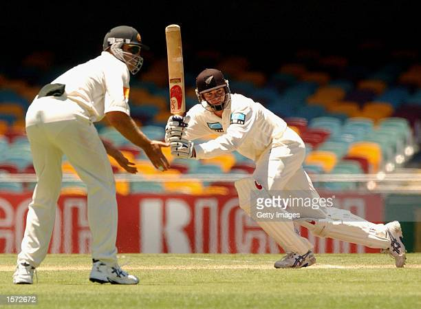 Dion Nash of New Zealand during day five of the first cricket test between Australia and New Zealand held at the Gabba, Brisbane, Australia, DIGITAL...