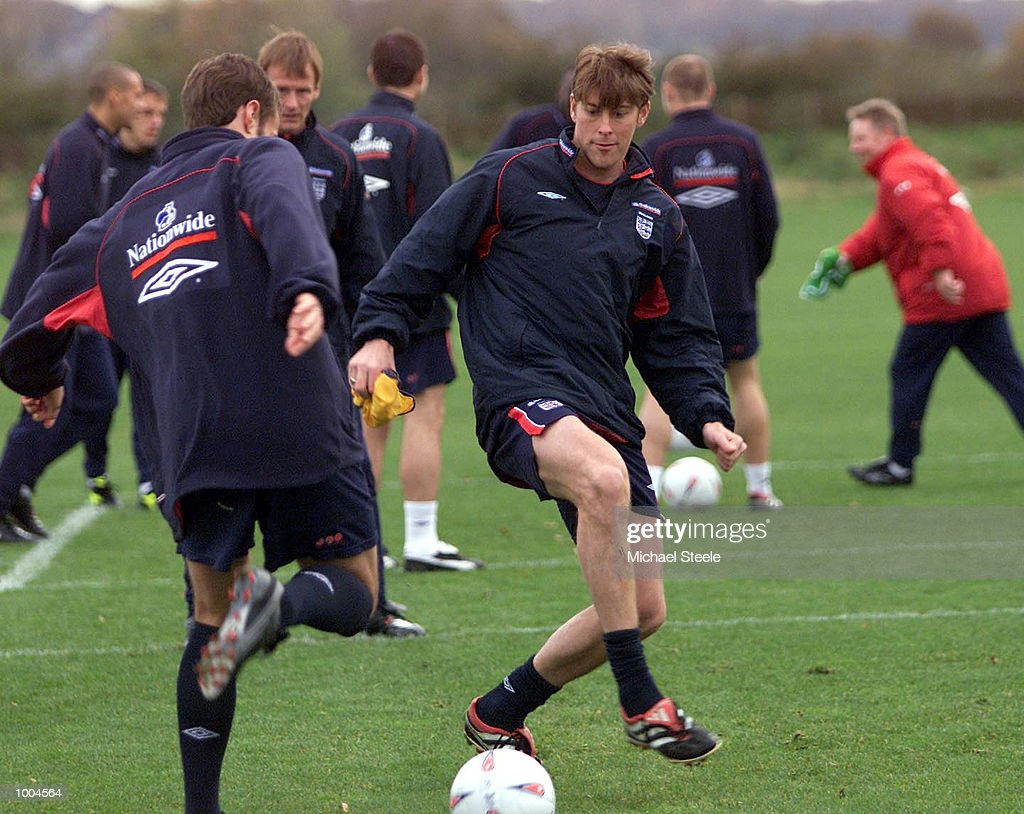England's Darren Anderton during England training at Carrington, Manchester. DIGITAL IMAGE. Mandatory Credit: Michael Steele/ALLSPORT