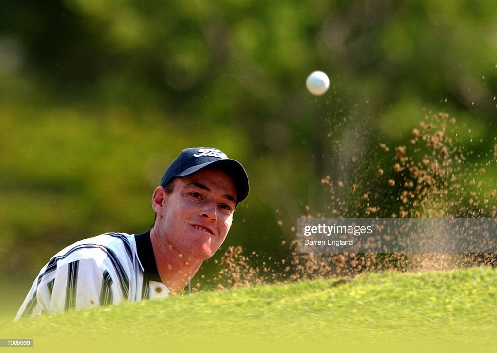 Gareth Paddison of New Zealand chips onto the 14th green during the second round of the Australian PGA Championship being played at Royal Queensland Golf Club in Brisbane, Australia. He finished his round at six under par. DIGITAL IMAGE.Mandatory Credit: Darren England/ALLSPORT