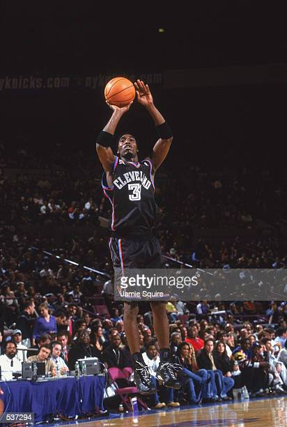 Guard Ricky Davis of the Cleveland Cavaliers shoots a jump shot during the NBA game against the New York Knicks at Madison Square Garden in New York...