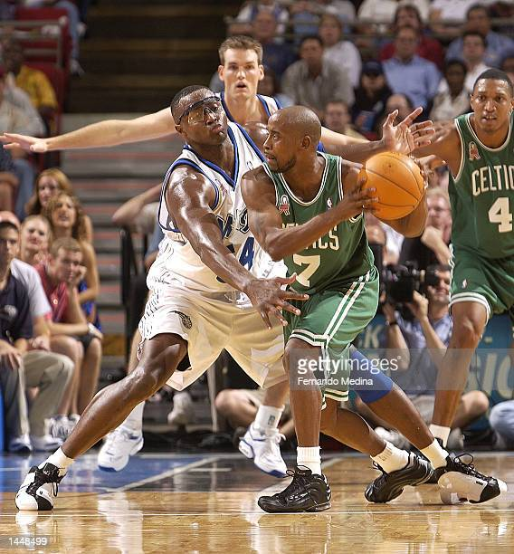 Horace Grant of the Orlando Magic plays tough defense against Kenny Anderson of the Boston Celtics in a game at TD Waterhouse Centre in Orlando...