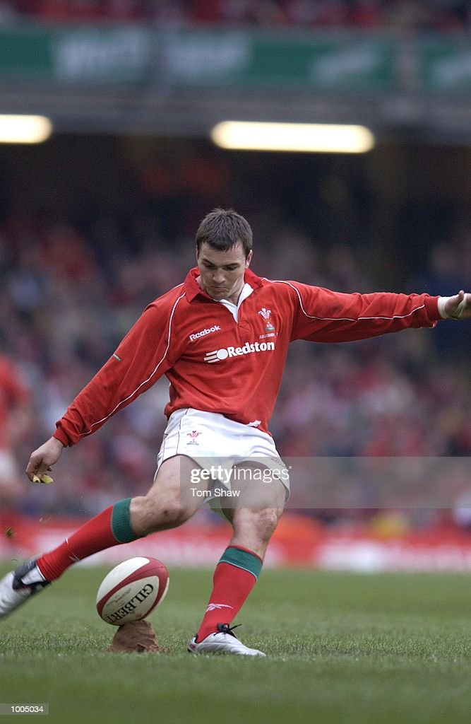 Iestyn Harris of Wales scores a conversion during the Wales v Argentina International friendly match at the Millennium Stadium, Cardiff. DIGITAL IMAGE. Mandatory Credit: Tom Shaw/ALLSPORT
