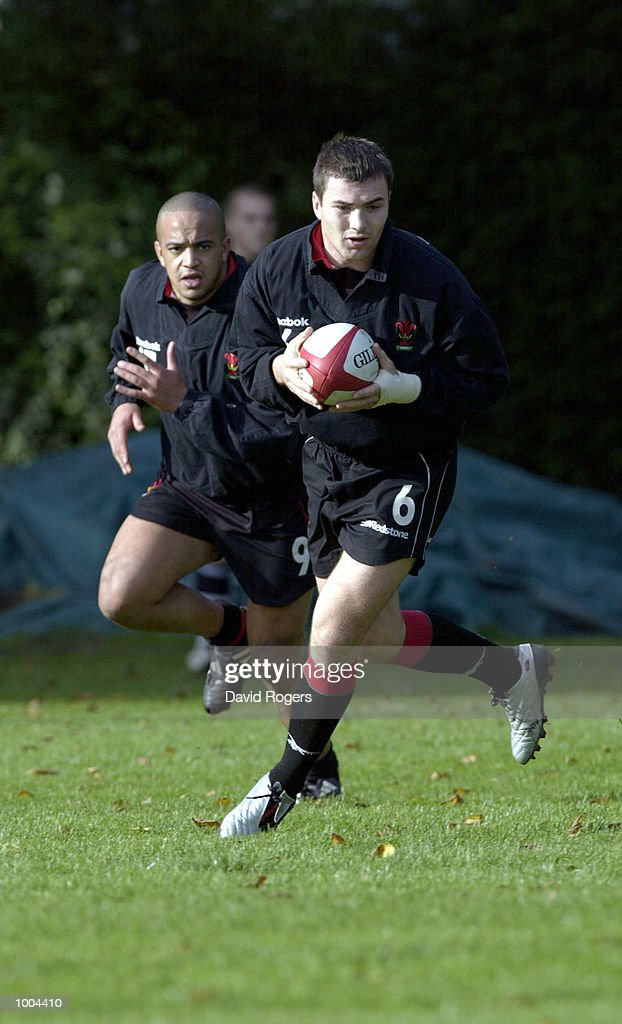 Iestyn Harris, the Cardiff standoff takes part in Wales Rugby Union training at Sophia Gardens, Cardiff. DIGITAL IMAGE Mandatory Credit: Dave Rogers/ALLSPORT