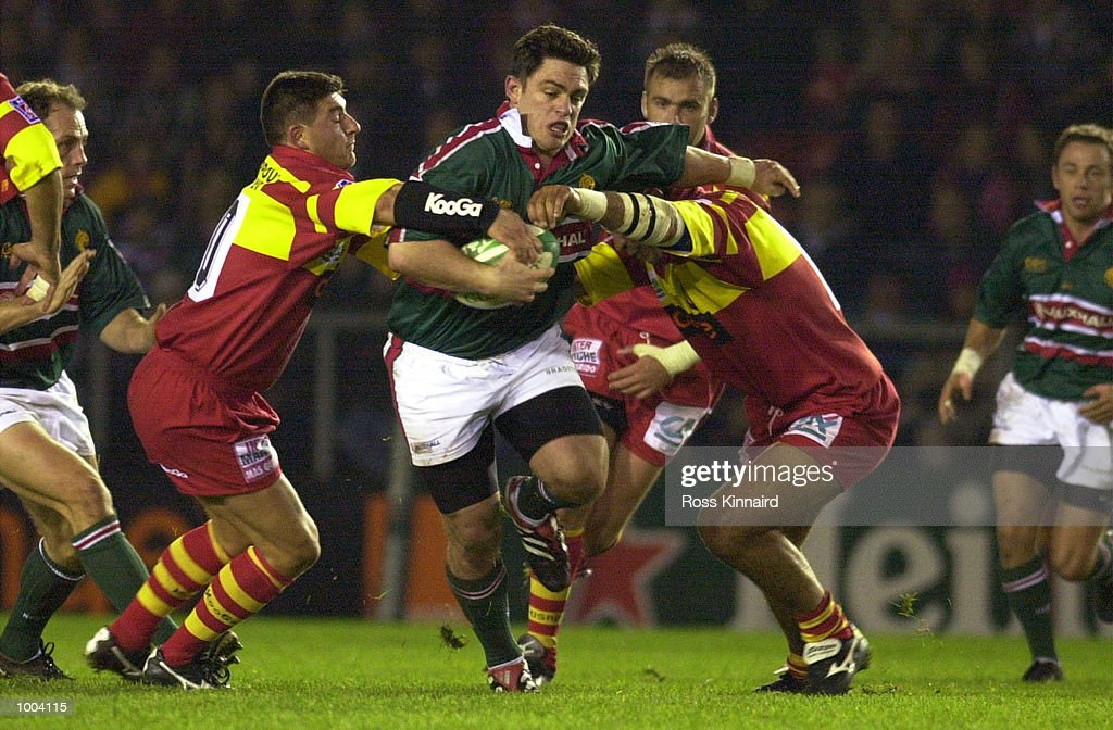 Jamie Hamilton of Leicester bursts through the Perpignan defence during the Leicester Tigers v Peppignan Heineken Cup match at Welford Road, Leicester. DIGITAL IMAGE. Mandatory Credit: Ross Kinnaird/ALLSPORT
