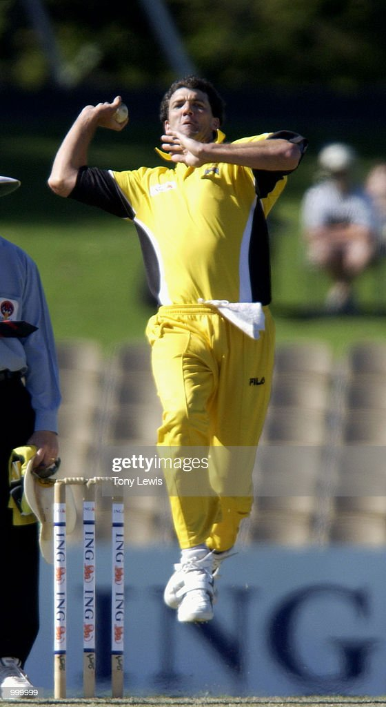 Jo Angel of West Australia in action in the ING Cup day-night match between Western Australia and South Australia played at Adelaide Oval in Adelaide, Australia. DIGITAL IMAGE Mandatory Credit: Tony Lewis/ALLSPORT