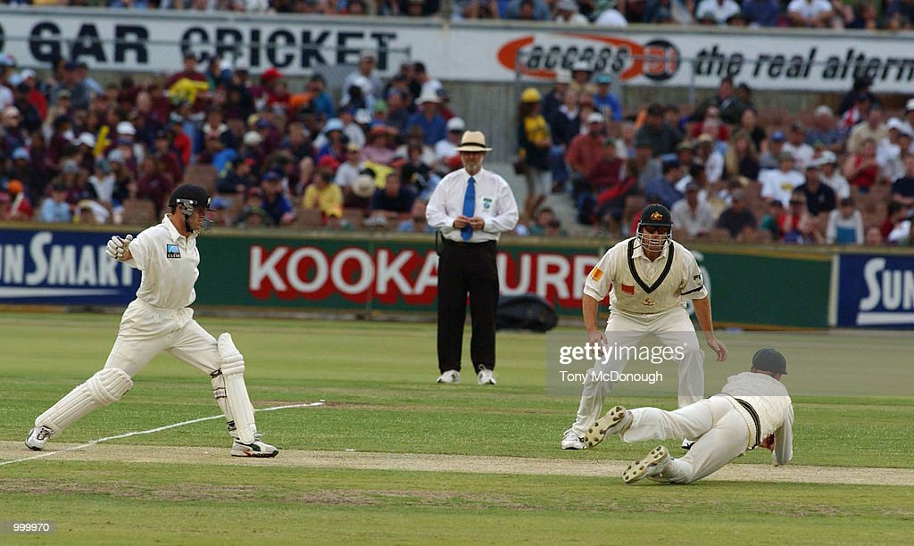 Lou Vincent for New Zealand makes fielder Ricky Ponting jump for a catch during the 3rd Test match between Australia and New Zealand at the WACA ground in Perth, Australia. DIGITAL IMAGE Mandatory Credit: Tony McDonough/ALLSPORT