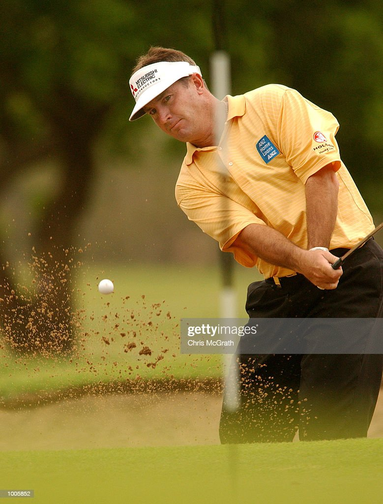 Peter Lonard of Australia in action on the 17th hole during the first round of the Australian PGA Championships being played at Royal Queensland Golf Club, Brisbane, Australia. DIGITAL IMAGE Mandatory Credit: Chris McGrath/ALLSPORT