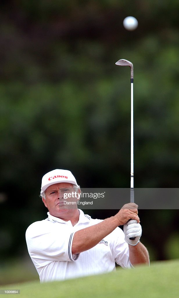 Peter Senior of Australia chips on to the 14th green during the first round of the Australian PGA Championship being played at Royal Queensland Golf Club in Brisbane, Australia. He finished his round at one par. DIGITAL IMAGE. Mandatory Credit: Darren England/ALLSPORT