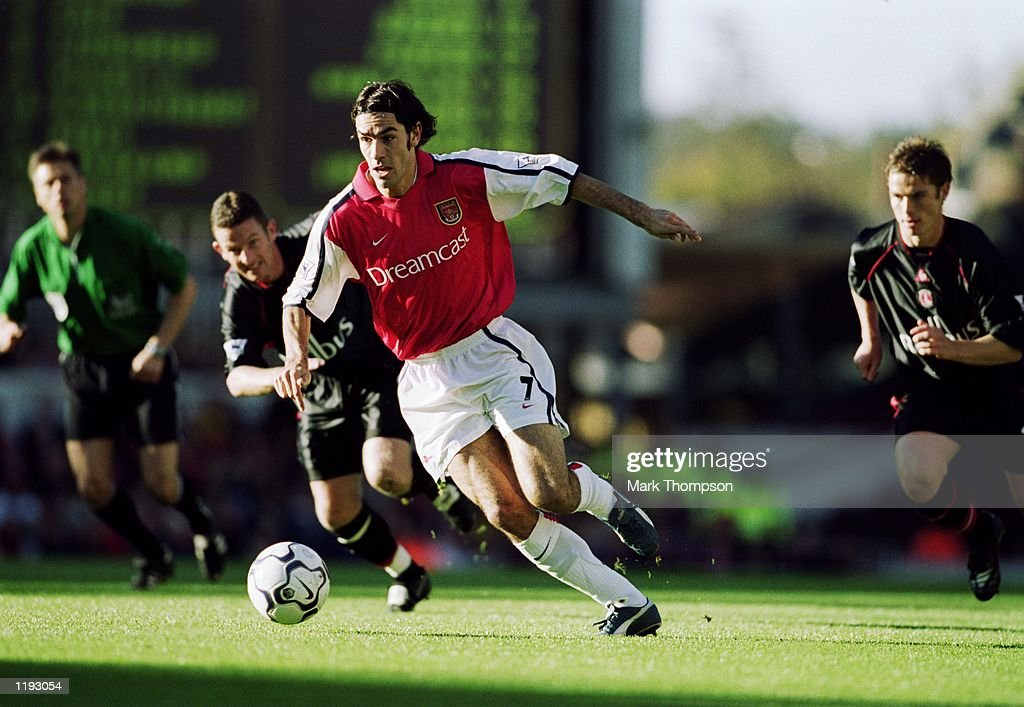 Robert Pires : News Photo