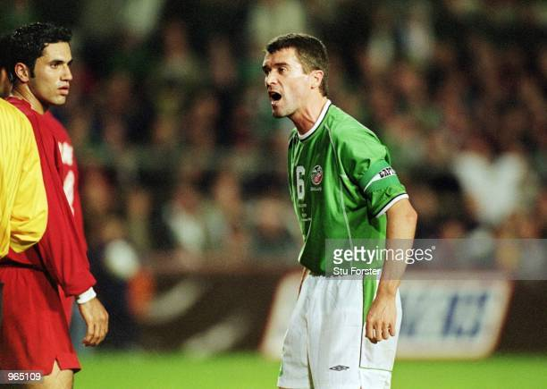 Roy Keane of Republic of Ireland argues with the referee during the FIFA World Cup 2002 play-off first leg match against Iran played at Lansdowne...